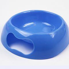 Hundens blå matskål Blue Bone. Kompakta storleken. Av plast, lätt att tvätta. Stapelbara. Volym ca. 3 deciliter, DiivaDog