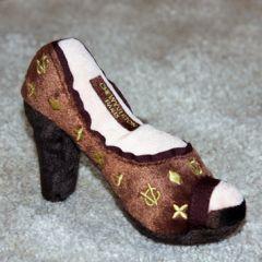 Mjukleksak Chewy Vuiton Shoe